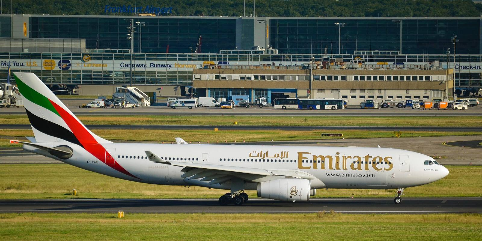 Fly Emirates Airlines